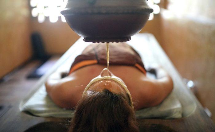 Indien ayurveda olie massage